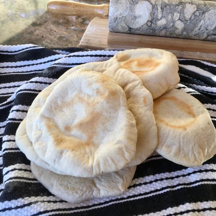 Homemade Pitas &Hummus